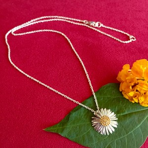 Daisy London Daisy London sterling & 14K gold Daisy necklace.