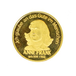 ANNE FRANK Solid Gold 900 Commemorative Medallion (1929, 1945)