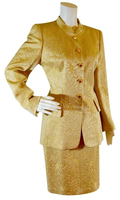 Item - Gold Skirt Suit Size 8 (M)
