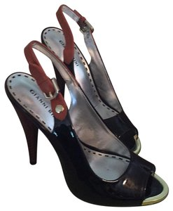 Gianni Bini Black Patent Leather Pumps