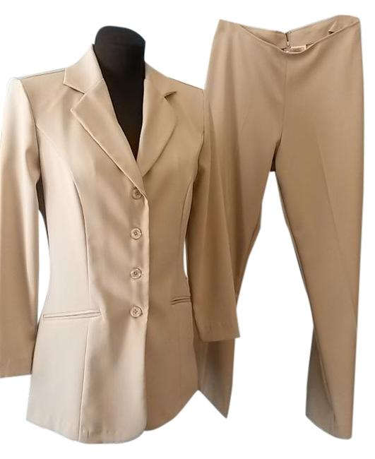 Item - Beige Light Brown Tailored Style Pant Suit Size 8 (M)