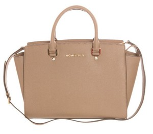 Michael Kors Selma Satchel in Sand
