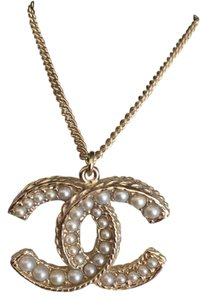 Chanel Chanel Pearl Double Cc Necklace