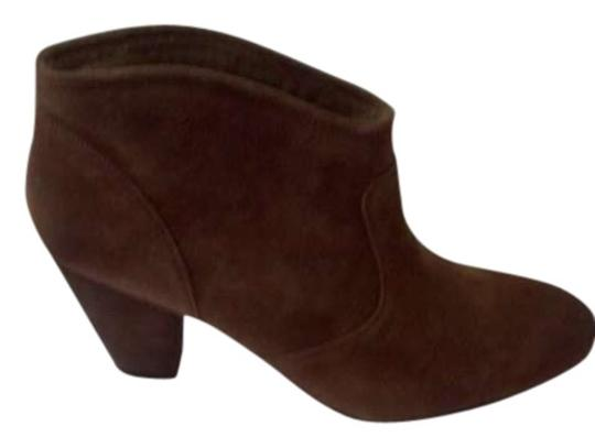 Preload https://img-static.tradesy.com/item/196258/report-signature-cognac-bootsbooties-size-us-10-0-0-540-540.jpg