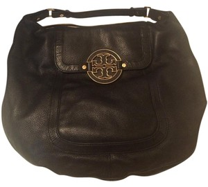 Tory Burch Amanda Flat Leather Hobo Bag