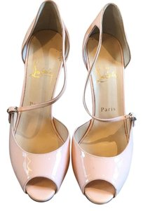 Christian Louboutin Baby pink patent leather Pumps