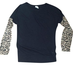 PINK Longsleeve Casual Comfortable T Shirt Black and leopard