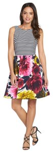 Taylor short dress Navy - Cream - Floral Women Clothing on Tradesy