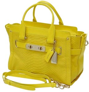 Coach 35325 Swagger Satchel in Yellow