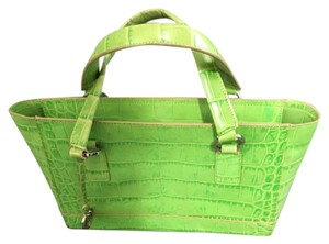 Satchel in Lime-apple Green