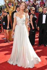 Reem Acra Olivia Wilde Wedding Dress