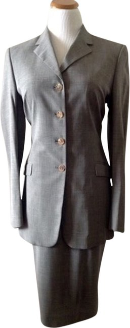 Preload https://item3.tradesy.com/images/piazza-sempione-gray-italian-lightweight-stretch-fabric-skirt-suit-size-8-m-1962742-0-0.jpg?width=400&height=650