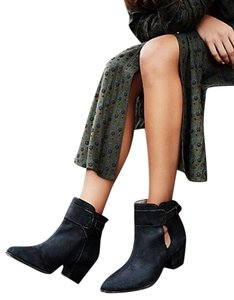 Free People Belleville Sz 39 Black Distressed Boots