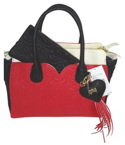 Betsey Johnson Large Tote in RED/BLACK