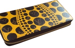Monogram Louis Vuitton Limited Edition Yayoi Kusama pumpkin dots zippy wallet Monogram Pumpkin Dots Zippy Wallet