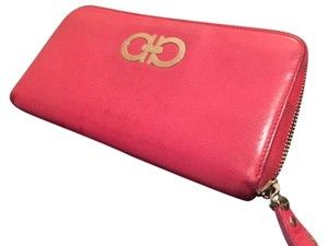ebb2c039d2 Salvatore Ferragamo Ferragamo Zip Around Continental Wallet (Rosso Red Pink)