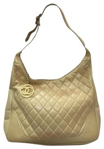 Chanel Vintage Lambskin Hobo Bag