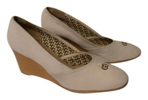 Gucci Designer With Box Vintage beige Wedges