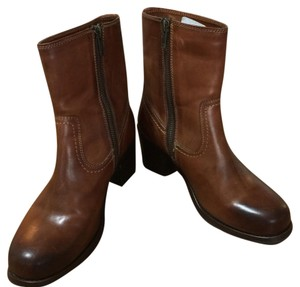 Frye Inside Zip Zip Sabrina Brown Boots