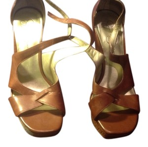 Jessica Simpson Moccao Style Light Tan Color Platform Like New Tan brown Sandals