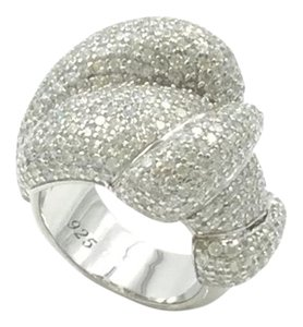 RHODIUM PLATED.925 STERLING SILVER CUBIC ZIRCONIA COCKTAIL RING