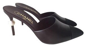 Chanel Mule Leather Classic Pearl Black Pumps