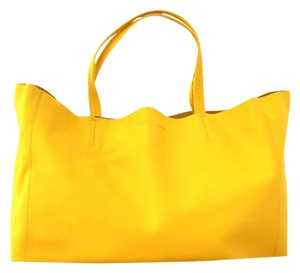 Céline New Celine Tote in Yellow