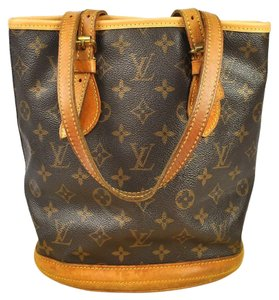 Louis Vuitton Tote Wallet Clutch Chanel Satchel in Monogram