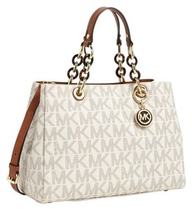 Michael Kors Cynthia Signature Medium Satchel in Vanilla