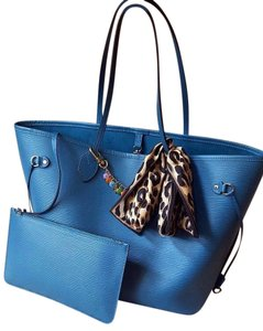 Louis Vuitton Neverfull Mm Epi Leather Tote in Cyan
