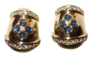 Vintage Ciner Egg Earrings Gold Blue Cabochon Swarovski Crystals Clip