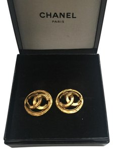 Chanel Authentic Vintage CHANEL Chanel earrings