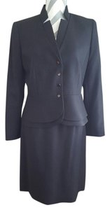 Tahari Tahari by Arthur S. Levine Women's Petite Asl Bistretch Skirt Suit