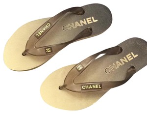 Chanel creme and gray Flats