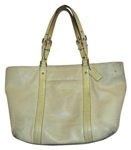 Coach Top Quality Leather Tote in tan