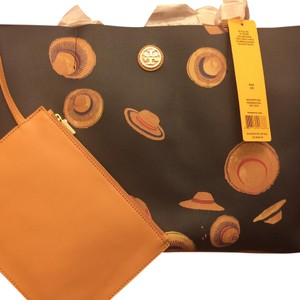 Tory Burch Tote in Navy Hats