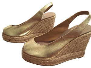 Castañer Metallic Wedges