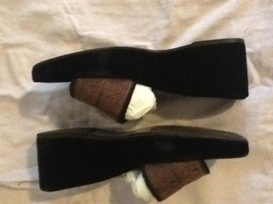 Stuart Weitzman Made In Italy Black velour macaroon green Mules