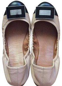 Marc by Marc Jacobs light brown Flats