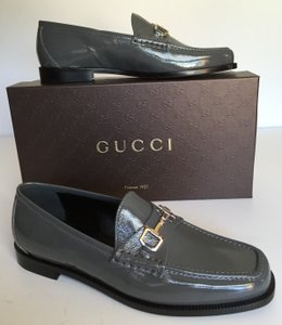 Gucci grey Flats