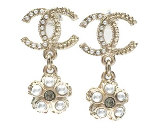 Chanel Brand New Chanel Gold CC Flower Pearl Crystal Piercing Earrings