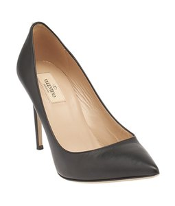 Valentino Pointed Toe Black Pumps