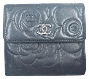 Chanel Authentic Chanel Black Camellia Emboss Small Wallet Complete Set