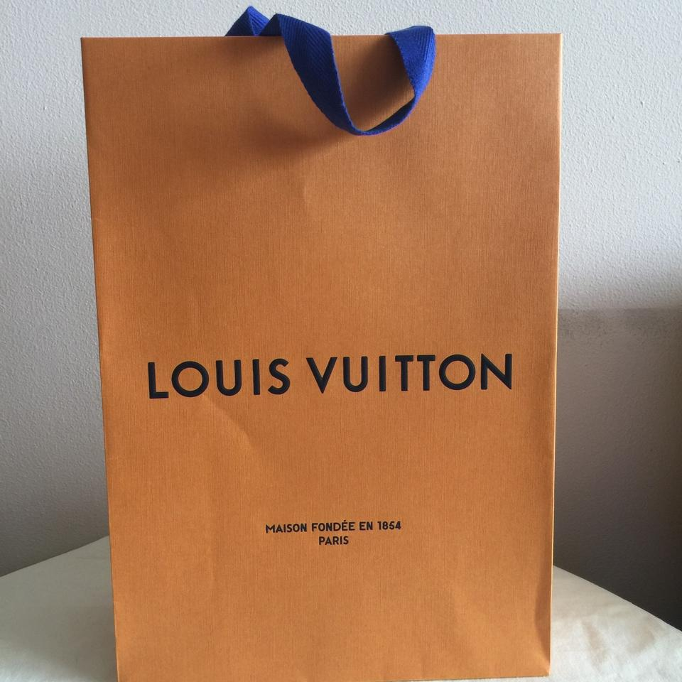 db0c37b7c85b Louis Vuitton Gift Box + Shopping Bag + Message Card Image 6. 1234567