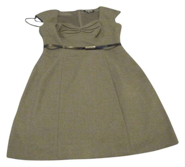 Preload https://item3.tradesy.com/images/gianni-bini-gray-knee-length-workoffice-dress-size-6-s-196457-0-0.jpg?width=400&height=650
