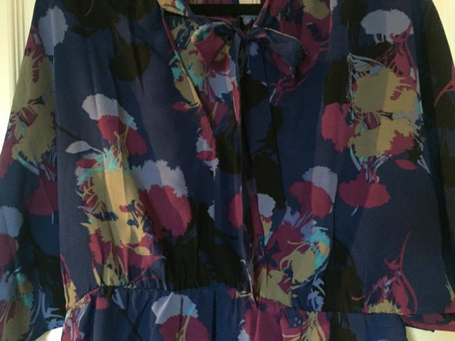 Gemma Top Navy Blue with floral