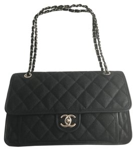 Chanel Caviar Leather Chainbag French Riviera Black Clutch
