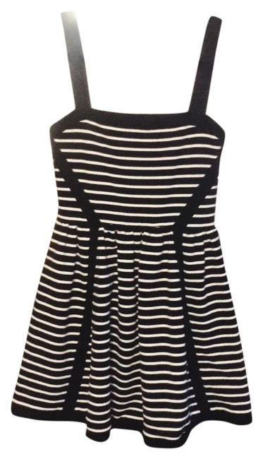 Preload https://item5.tradesy.com/images/juicy-couture-blackwhite-mini-short-casual-dress-size-4-s-19646389-0-1.jpg?width=400&height=650