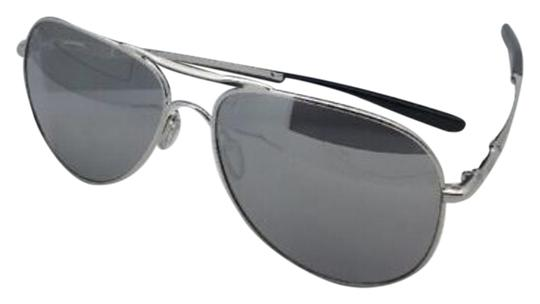 Preload https://img-static.tradesy.com/item/19646792/oakley-elmont-l-oo4119-0860-chrome-aviator-frame-wchrome-iridium-wchrome-sunglasses-0-1-540-540.jpg