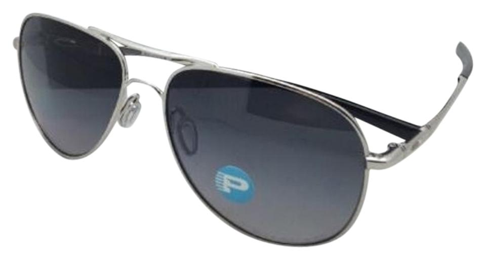 380bf6c634f Oakley Polarized OAKLEY Sunglasses ELMONT M OO4119-0258 Chrome Aviator w  Grey Image 0 ...